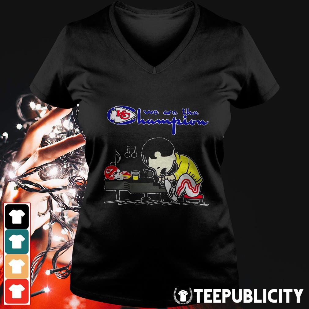 Official Freddie Mercury play Piano we are the Champions Kansas City Chiefs V-neck T-shirt
