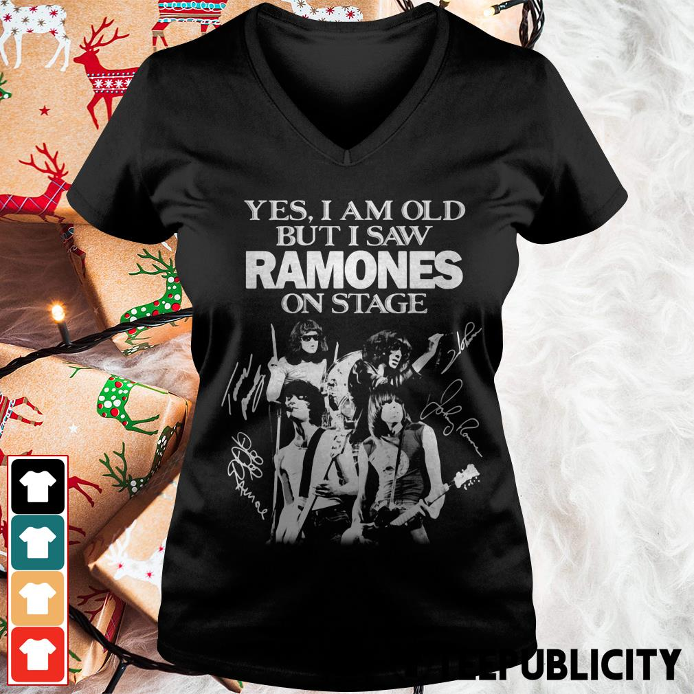 Official Yes I am old but I saw Ramones on stage signatures V-neck T-shirt