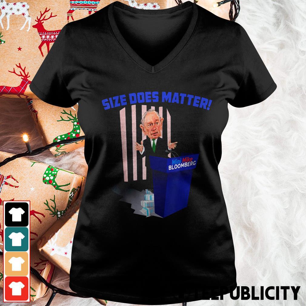 Size does matter V-neck T-shirt