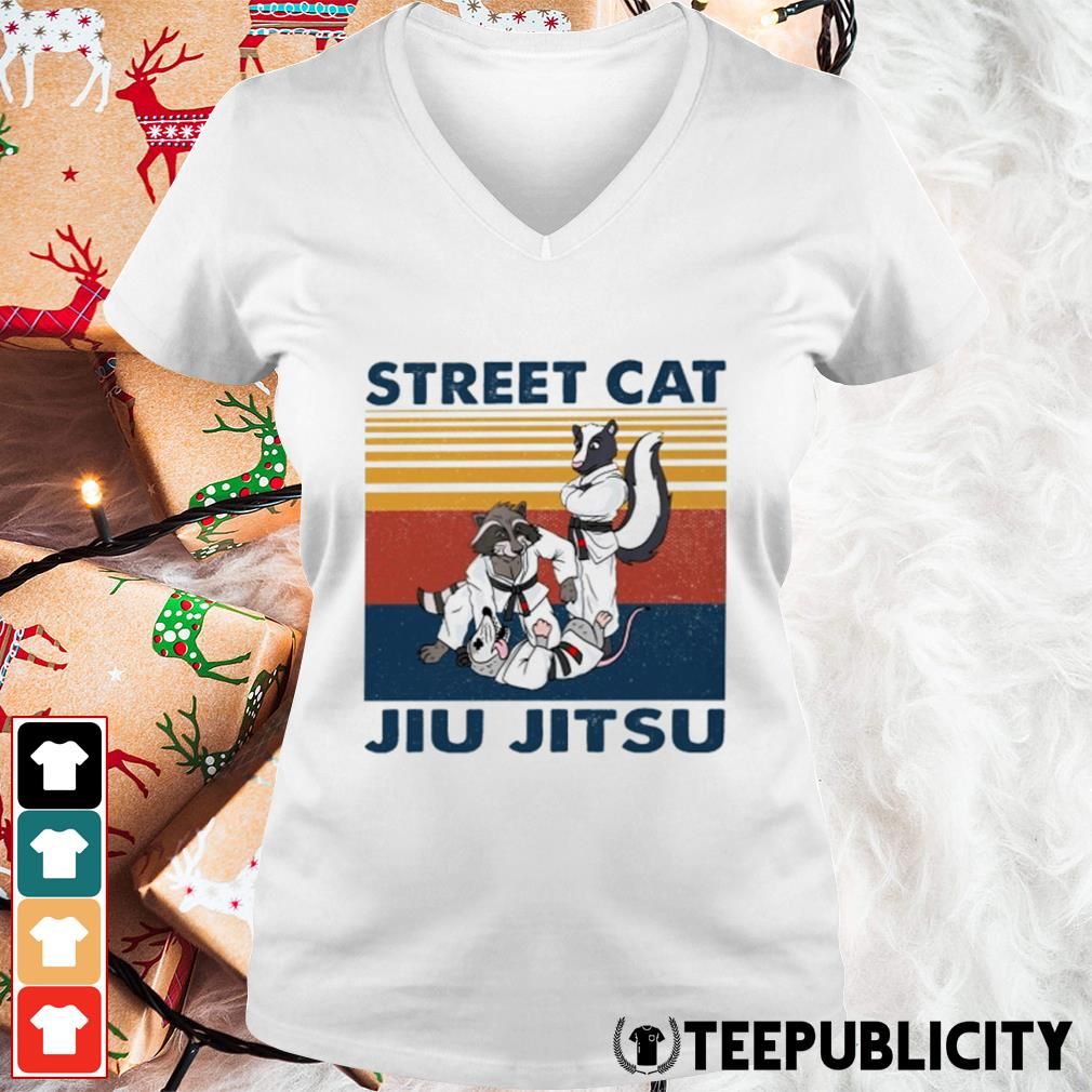 Racoon and opossum street cat jiu jitsu vintage s v-neck-t-shirt